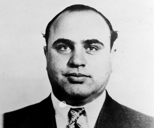 Capone's Florida spending told at tax evasion trial