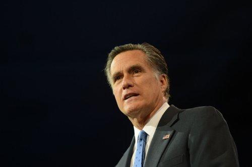 Mitt Romney accepts MSNBC host's tearful apology