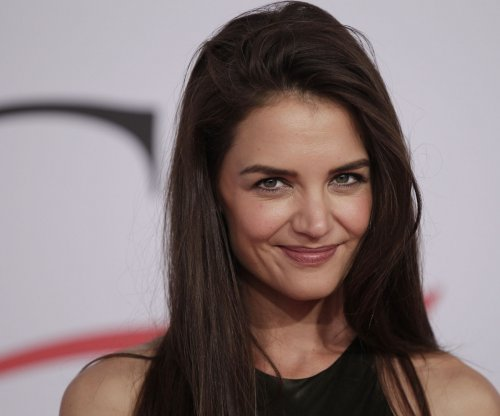 Katie Holmes posts throwback 'Dawson's Creek' photo