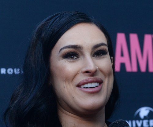 Rumer Willis' Broadway debut in 'Chicago' postponed due to foot injury
