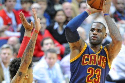 Cleveland Cavaliers hold off Minnesota Timberwolves for Tyronn Lue's first win