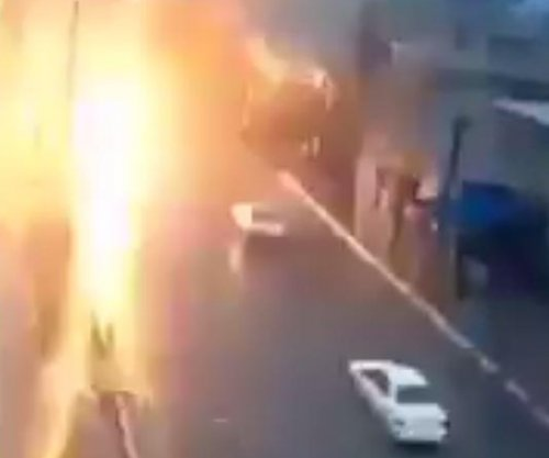 Lightning strikes moving car while witness films in Morocco