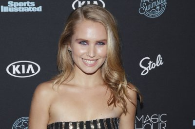 Sailor Brinkley-Cook details struggles with body image in Instagram post