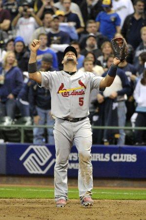 MLB: St. Louis 12, Milwaukee 6