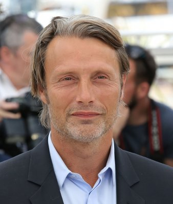NBC orders more 'Hannibal,' starring Mads Mikkelsen and Hugh Dancy