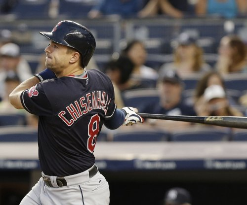 Trevor Bauer leads Cleveland Indians over Los Angeles Angels