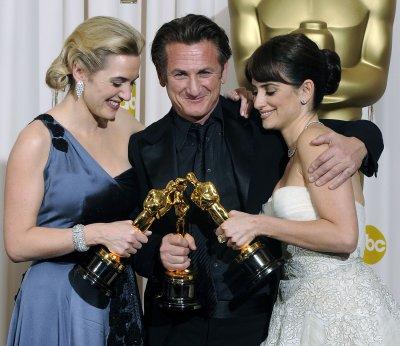 Penn, Winslet, Cruz to be Oscar presenters