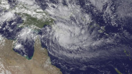 Cyclone Ita strikes northwestern Australia
