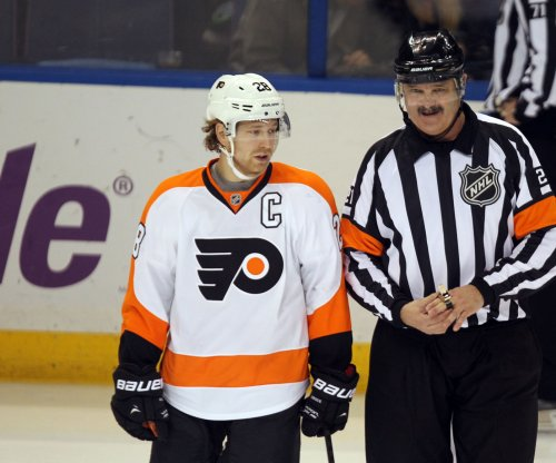 Philadelphia Flyers slip by Buffalo Sabers