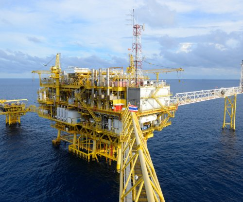 Survey: Mid-life crisis for North Sea oil sector