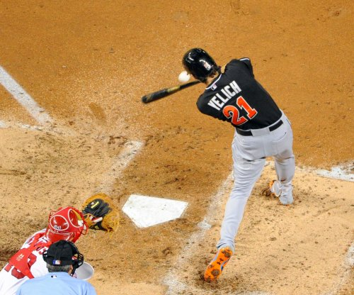 Christian Yelich continues power surge as Miami Marlins edge New York Mets
