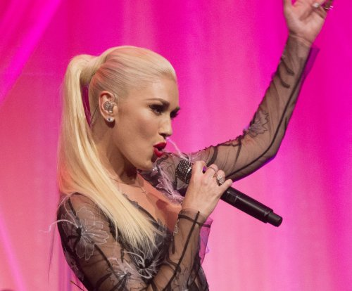 Gwen Stefani, Blake Shelton perform at White House state dinner