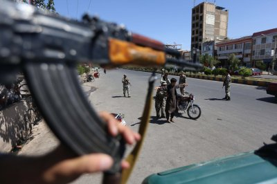 Afghanistan strikes cease-fire deal with Taliban for Ramadan