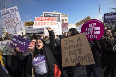 Federal judge says he will block Trump ban on abortion referrals