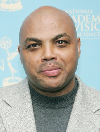 Charles Barkley says he won't apologize for fat jokes about San Antonio women