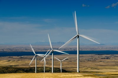 About half of new U.S. power came from renewables last year