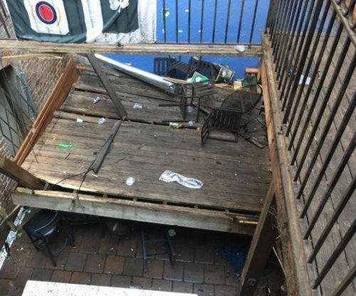 14 people hurt after bar deck collapses in Savannah