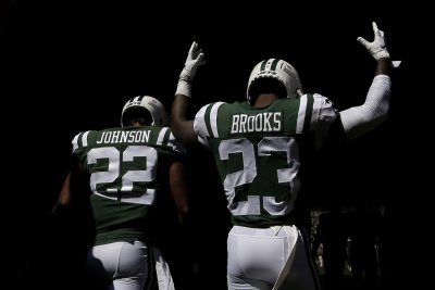New York Jets' Trumaine Johnson suffers hamstring injury in practice