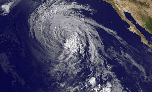 Weather satellite outage threatens to foul forecasts