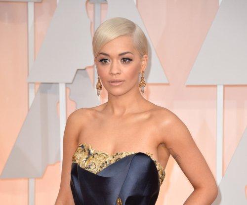 Rita Ora makes Oscar debut with powerful 'Grateful' performance