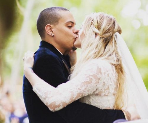 Evan Ross shares photos from Ashlee Simpson wedding