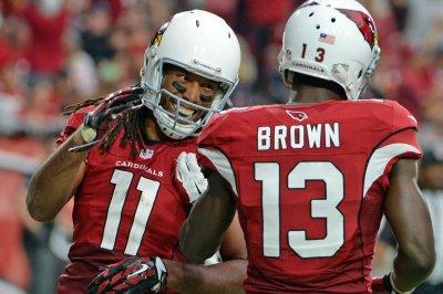 Unbeaten Arizona Cardinals pick off San Francisco 49ers 47-7