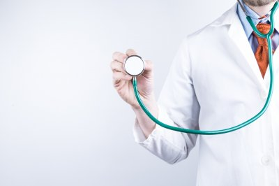 Doctor shortage predicted for U.S. in next decade, threatens aging population
