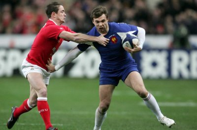 Former French rugby star Christophe Dominici dies at 48