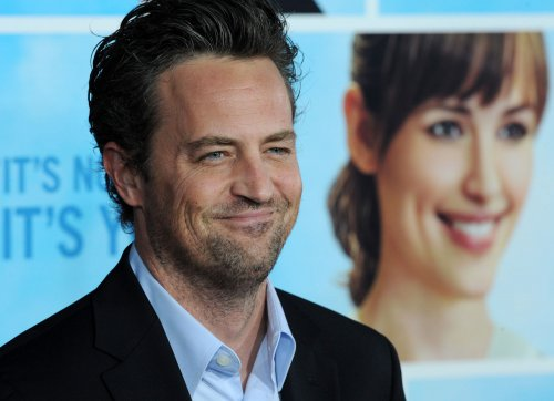 Matthew Perry and Courteney Cox to reunite on 'Cougar Town'