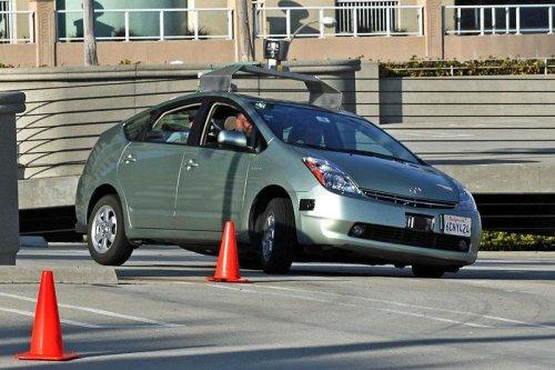 U.K. green lights driverless cars come January