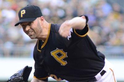 J.A. Happ, Pittsburgh Pirates shut down Arizona Diamondbacks