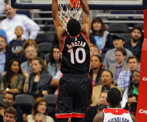 DeMar DeRozan leads Toronto Raptors past Dallas Mavericks