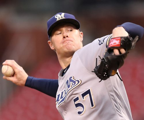Milwaukee Brewers crank out 13 hits in 7-4 win over Boston Red Sox