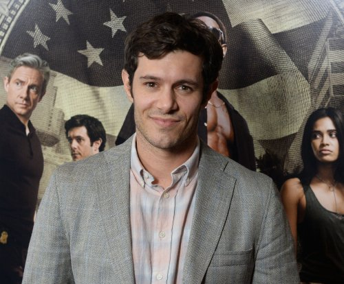 Adam Brody, Leighton Meester laugh off teen idol past