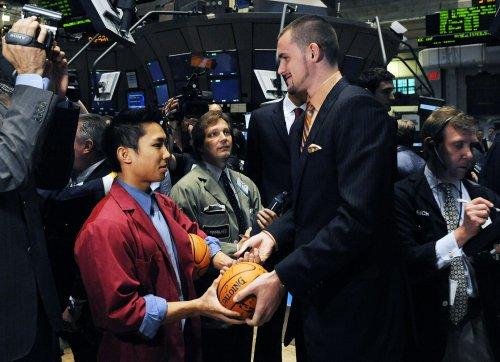 Mayo, Love part of big NBA trade