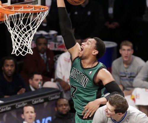 Night Hawks: East leading Atlanta visits Boston Celtics