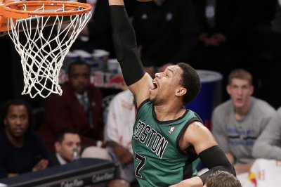 Night Hawks: East leading Atlanta visits Boston Celtics