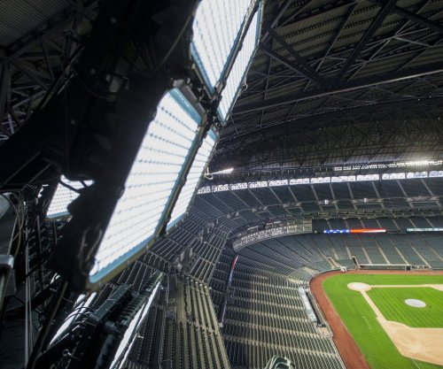 Seattle Mariners first team to use LED lights, last 97,000 more hours