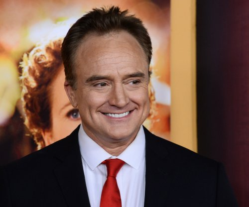 Report: 'Transparent' co-stars Bradley Whitford and Amy Landecker are dating