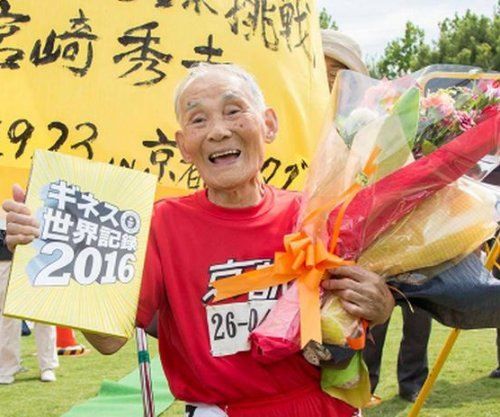 105-year-old man sets 100-meter sprint record