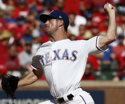 Texas Rangers: Cole Hamels donates mansion to charity