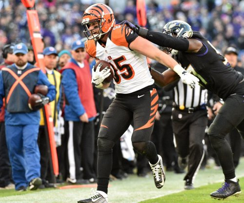 Bengals sign tight end Tyler Eifert to one-year deal