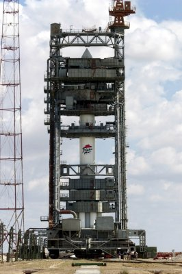 Russian rocket crashes after space launch