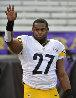 Jonathan Dwyer allegedly head-butted wife, broke her nose