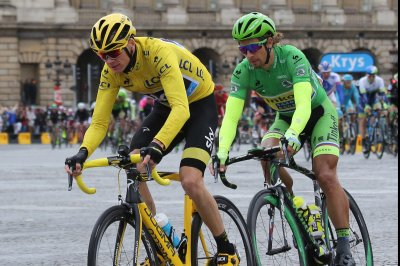 Tour de France: Chris Froome extends lead as Peter Sagan wins stage