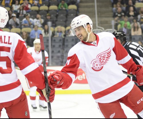 Tomas Tatar, Thomas Vanek propel Detroit Red Wings past Pittsburgh Penguins