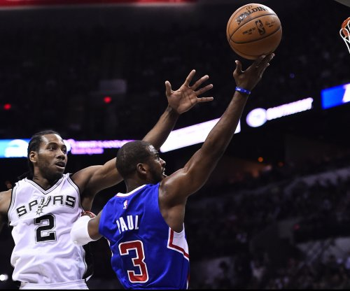 Chris Paul considering move to San Antonio Spurs