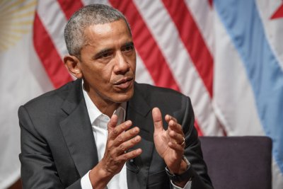 Reports: Obama meets with potential 2020 candidates