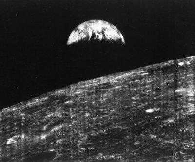On This Day: Lunar Orbiter 1 begins orbit of moon