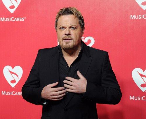 NBC passes on 'Munsters' re-boot, 'Mockingbird Lane'
